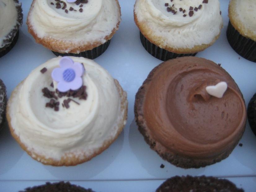 http://www.buttercreamcupcakes.com/